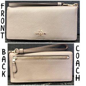 COACH Crossgrain Wristlet Wallet